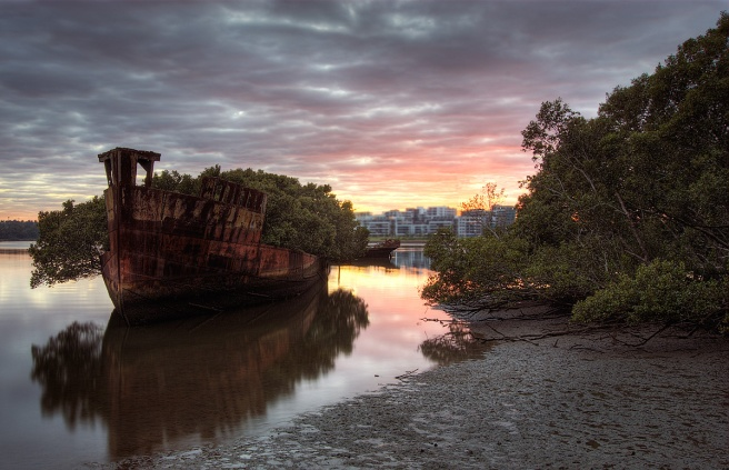 homebush_shipwreck_2_Brent_Pearson_flickr